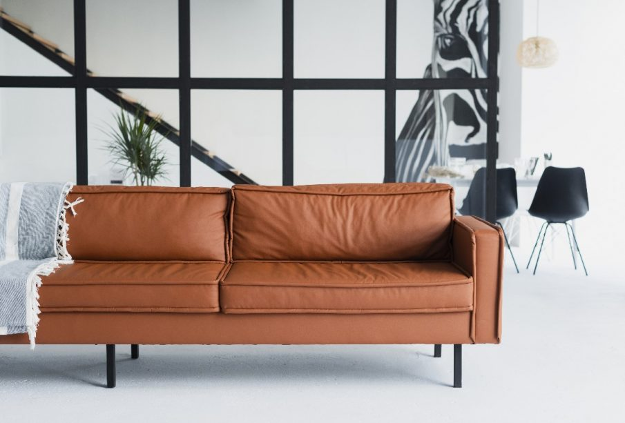 Sofa ze skóry naturalnej w stylu vintage