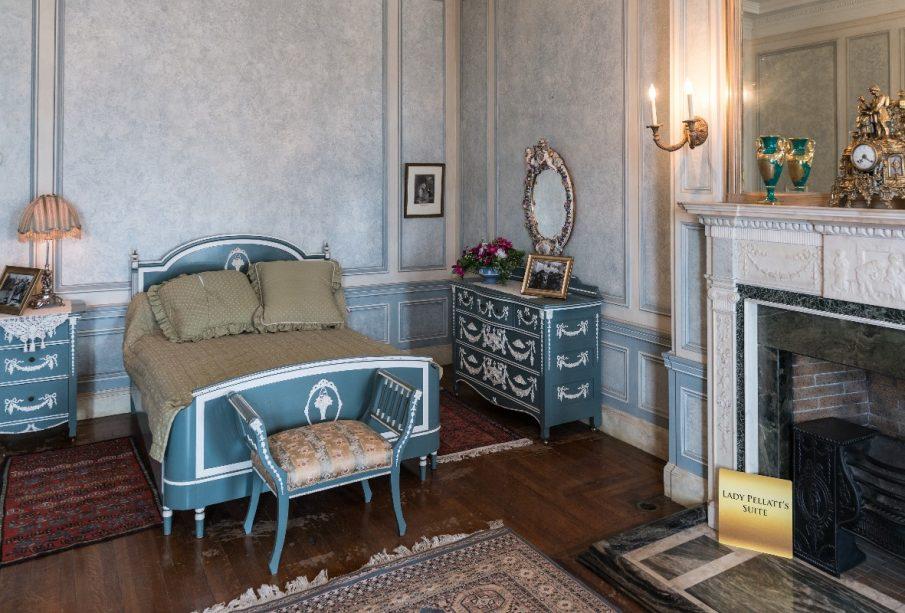 Tapety vintage do sypialni - doskonałe dla miłośników kwiatów!