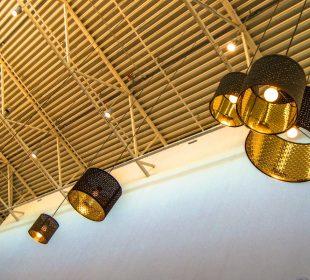 Złoto i metalowa czerń, czyli połączenie do eleganckich wnętrz