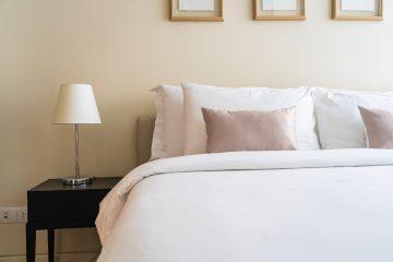 Sypialnia w hotelowym stylu - jak ją urządzić?