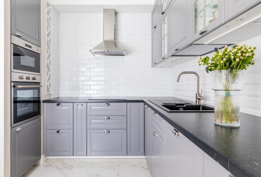 Kamienny blat kuchenny - odrobina luksusu w domu