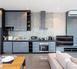 Aneks kuchenny w salonie - jak umieścić sprzęt?