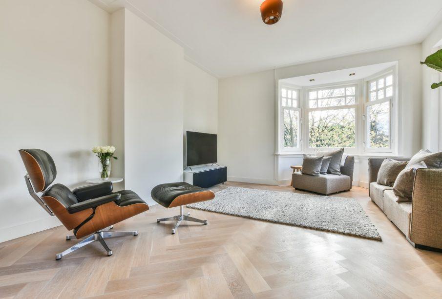 Lounge Chair & Ottoman to kultowy i luksusowy fotel - czym go zastąpić?